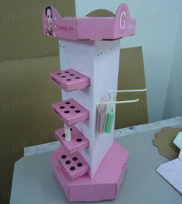 三面旋轉式掛鉤唇膏展示架-產品展示