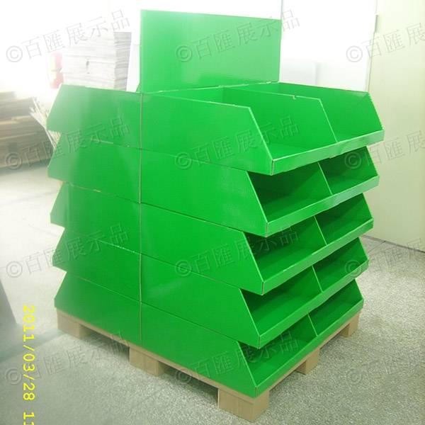 雙面擺放產品綠色紙製陳列架-右側