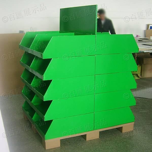 雙面擺放產品綠色紙製陳列架-側面
